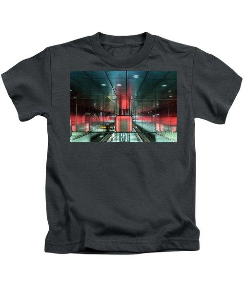 City Metro Station Hamburg Kids T-Shirt