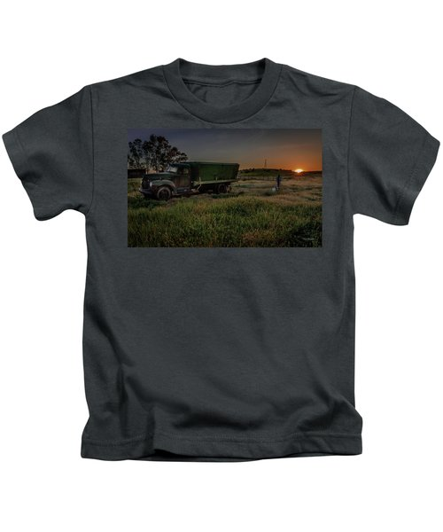 Clear Morning Sunrise Kids T-Shirt