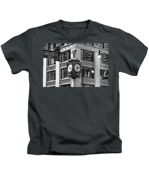 Clock On Jewelers Building - Chicago Kids T-Shirt