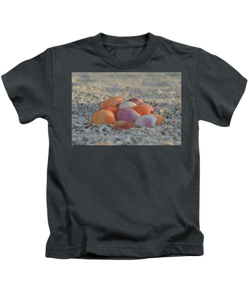Colorful Scallop Shells Kids T-Shirt