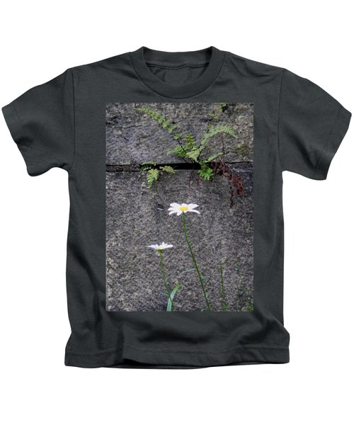 Daisy Loves Fern Kids T-Shirt