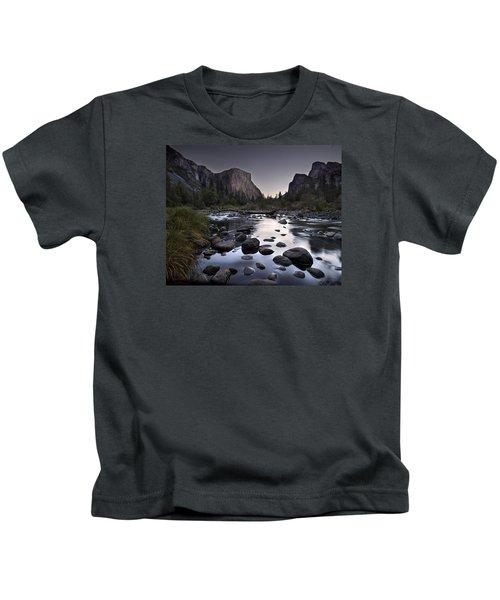 Dawn At Yosemite Gate Kids T-Shirt