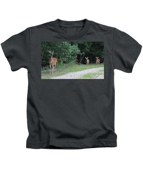 Doe With Twins Kids T-Shirt