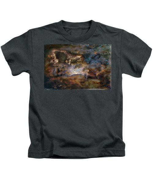 Dragon Watches.... Kids T-Shirt
