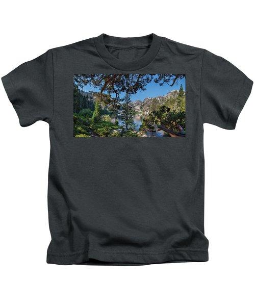 Eagle Lake - 2 Kids T-Shirt
