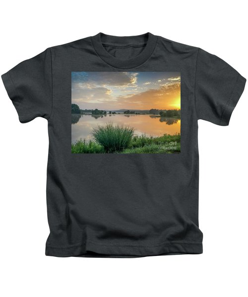 Early Morning Sunrise On The Lake Kids T-Shirt