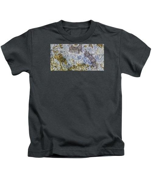 Earth Portrait L4 Kids T-Shirt