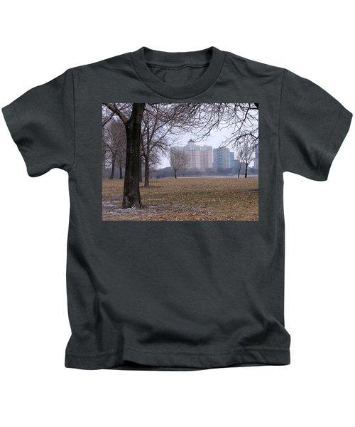 Edgewater Beach Apartments Kids T-Shirt