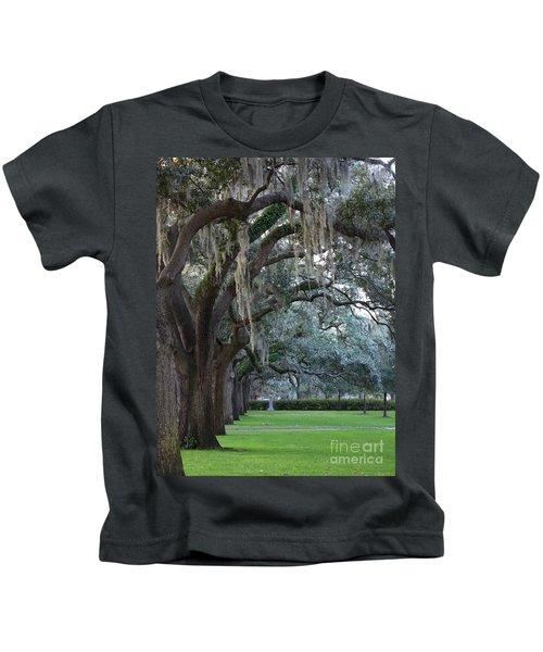 Emmet Park In Savannah Kids T-Shirt