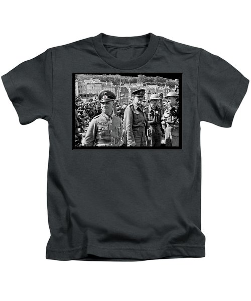 Erwin Rommel And Captured British Soldiers Tobruck Libya 1942 Color Added 2016  Kids T-Shirt