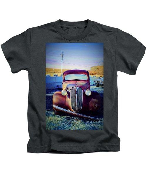 Facelift Wanted Car Kids T-Shirt