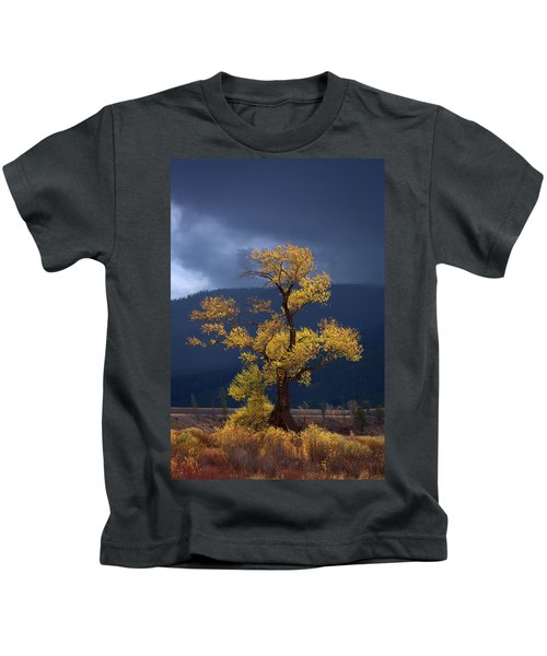 Facing The Storm Kids T-Shirt by Edgars Erglis