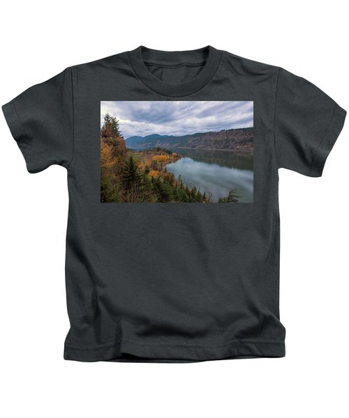 Fall Color At Ruthton Point In Hood River Oregon Kids T-Shirt