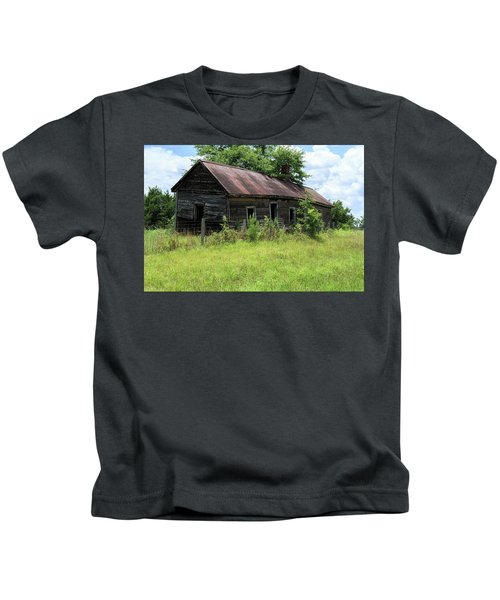Farmhouse Abandoned Kids T-Shirt