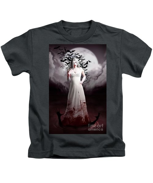 Female Vampire During Twilight Full Moon Horror Kids T-Shirt