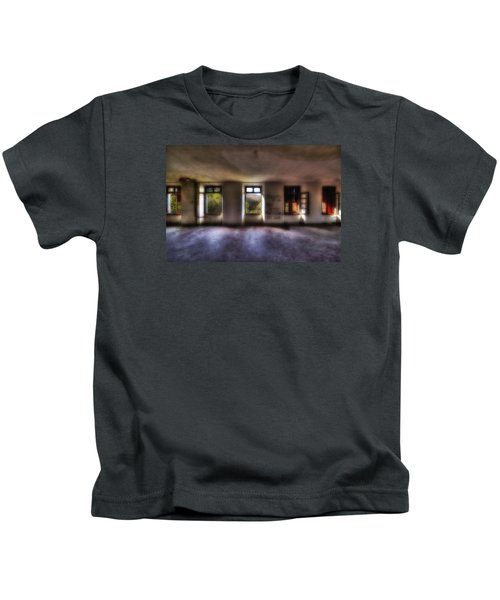 Five Windows On The Wood - Cinque Finestre Sul Bosco Kids T-Shirt