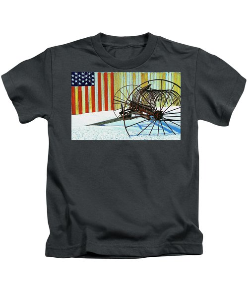 Flag And The Wheel Kids T-Shirt