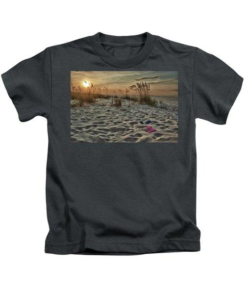 Flipflops On The Beach Kids T-Shirt