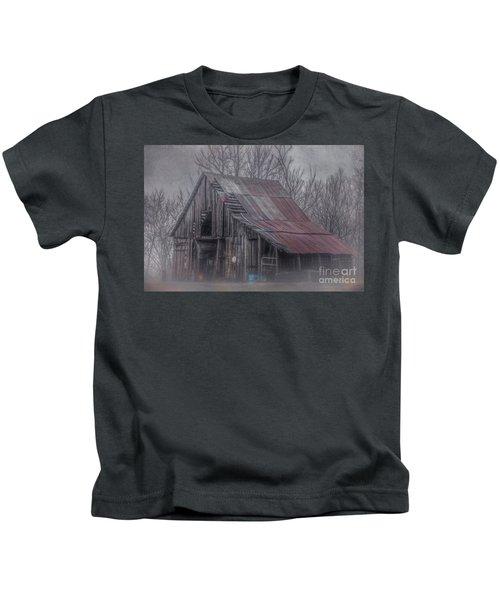 Foggy Morning Backroads Kids T-Shirt