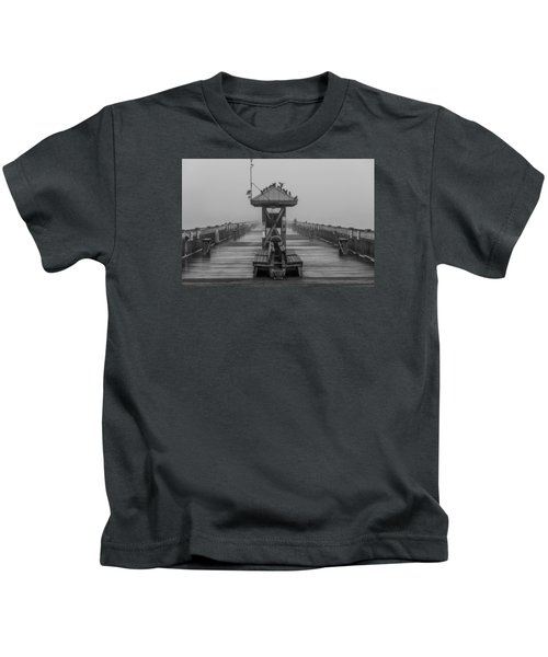 Folly Beach Pier Black And White  Kids T-Shirt