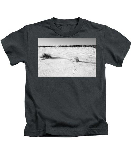 Footprints In The Snow I Kids T-Shirt
