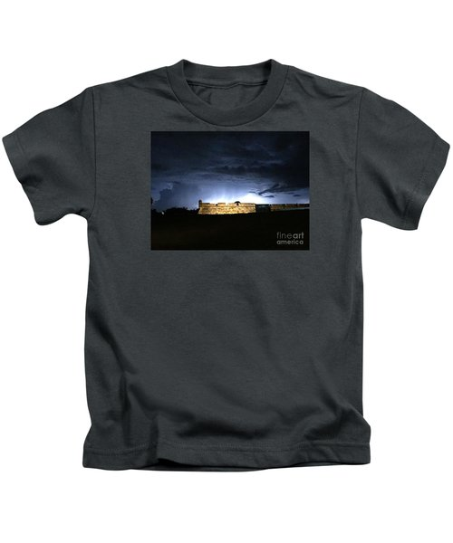 Lightening At Castillo De San Marco Kids T-Shirt