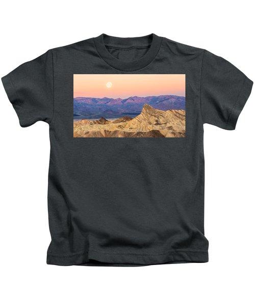 Full Moon Setting Kids T-Shirt