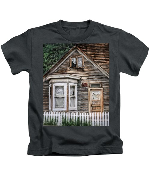 Ghost In The Window 1 - St. Elmo Kids T-Shirt