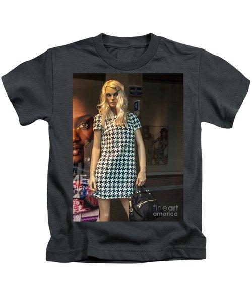 Girl_10 Kids T-Shirt