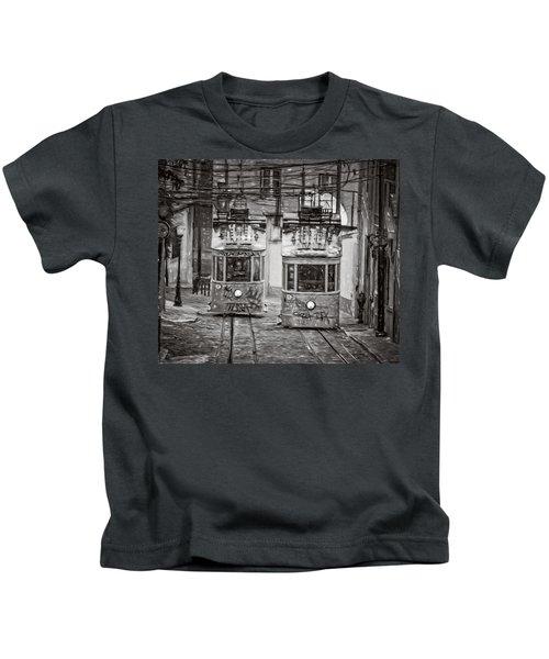 Gloria Funicular Lisbon Bw Kids T-Shirt