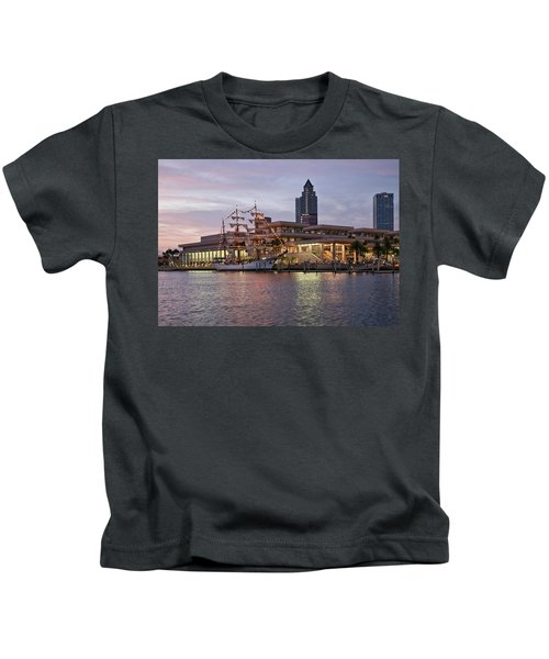 Gloria Visiting Tampa Kids T-Shirt