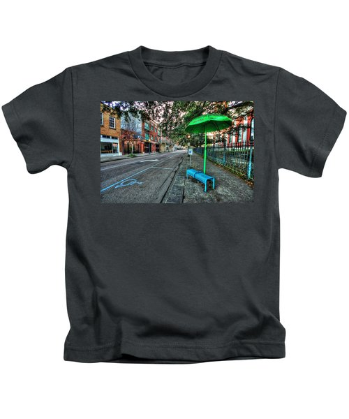 Green Umbrella Bus Stop Kids T-Shirt