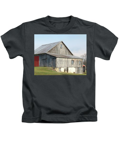 Rustic Barn Kids T-Shirt