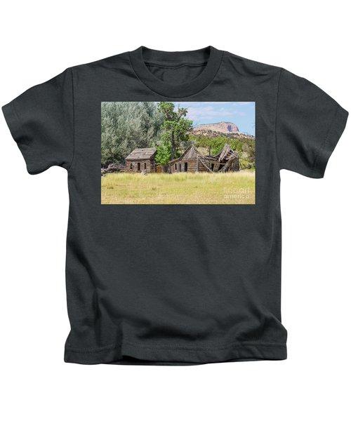 Gunsmoke Tv Western Set Near Kanab Utah Kids T-Shirt