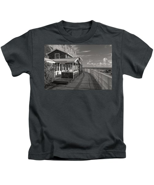 Historic Cottage  Crystal Cove Black And White Kids T-Shirt