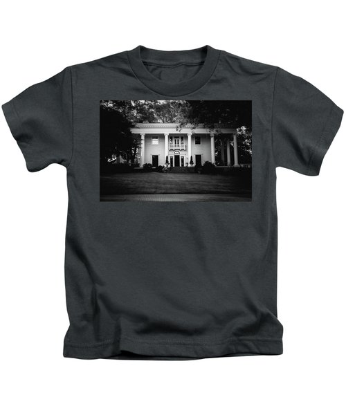 Historic Southern Home Kids T-Shirt