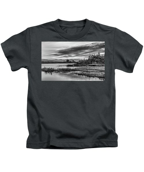 Historic Whitebog Landscape Black - White Kids T-Shirt
