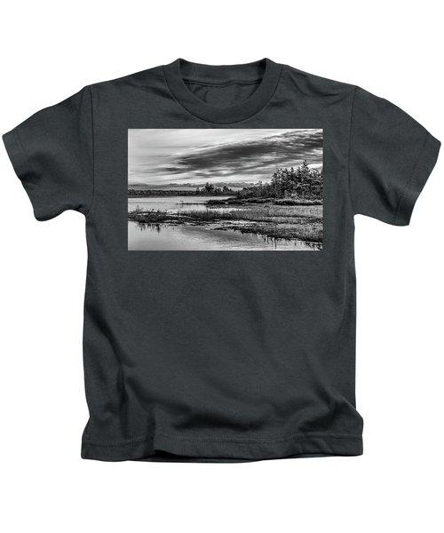 Historic Whitebog Landscape Black - White Kids T-Shirt