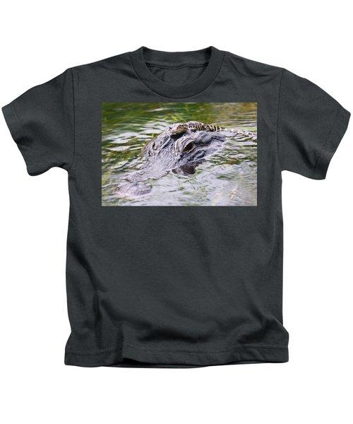 Hitchin' A Ride. Kids T-Shirt