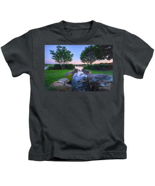 Hot Spring Water Flow Kids T-Shirt