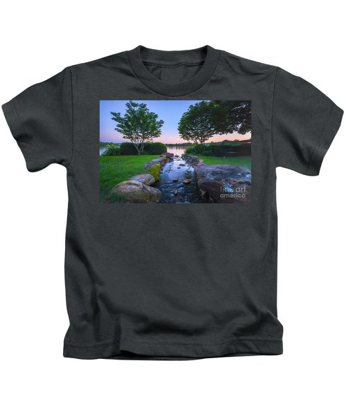 Hot Spring Water Flow Kids T-Shirt