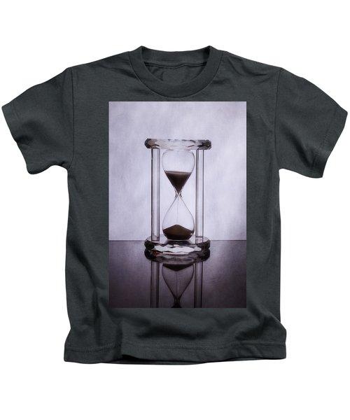 Hourglass - Time Slips Away Kids T-Shirt