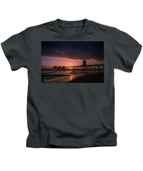 Huntington Pier At Sunset Kids T-Shirt