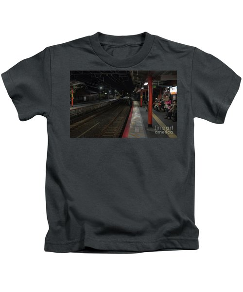 Inari Station, Kyoto Japan Kids T-Shirt