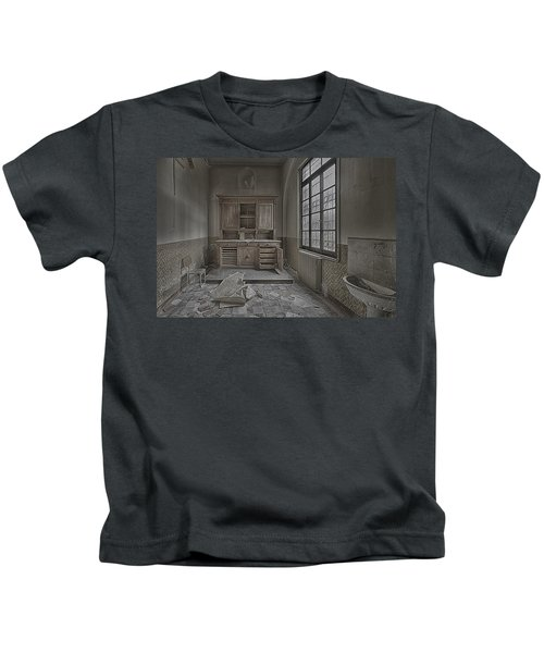 Interior Furniture Atmosphere Of Abandoned Places Dig Photo Kids T-Shirt