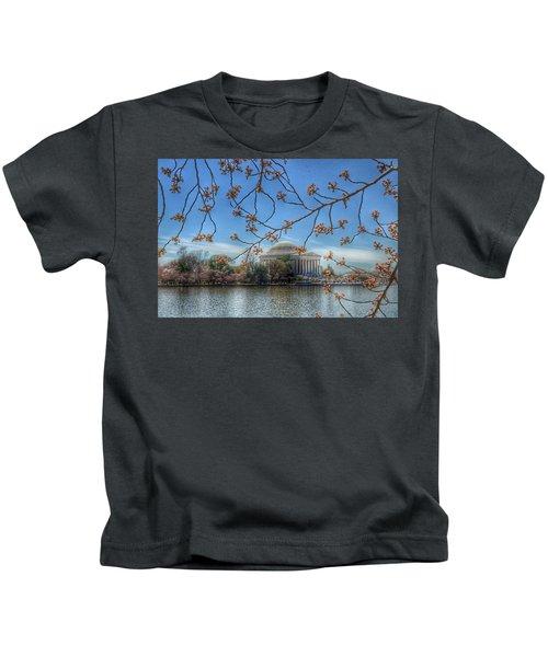 Jefferson Memorial - Cherry Blossoms Kids T-Shirt by Marianna Mills