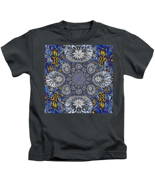 Knotted Glasswork Kids T-Shirt