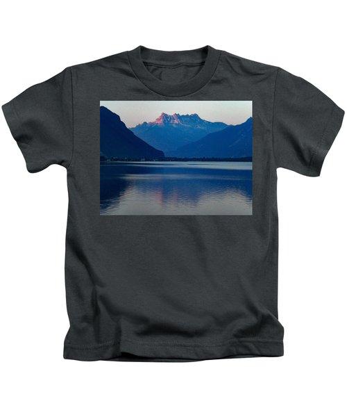 Lake Geneva, Switzerland Kids T-Shirt