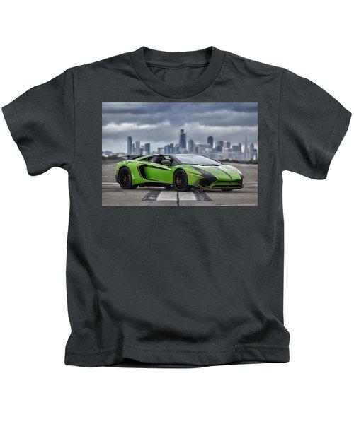 #lamborghini #aventadorsv #superveloce #roadster #print Kids T-Shirt