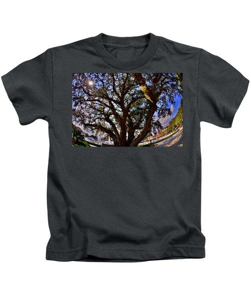 Liberty Oak Harbour Town Hilton Head Sc Kids T-Shirt